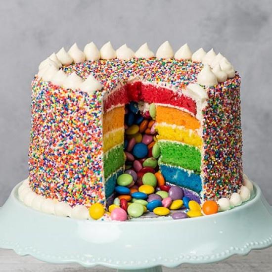 birthday-pinata-cake--inside.jpg