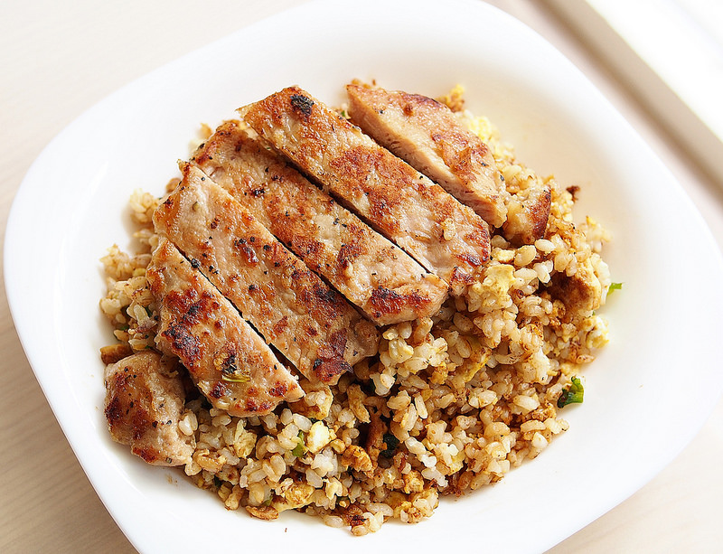 day056-午餐-秘制排骨蛋炒飯