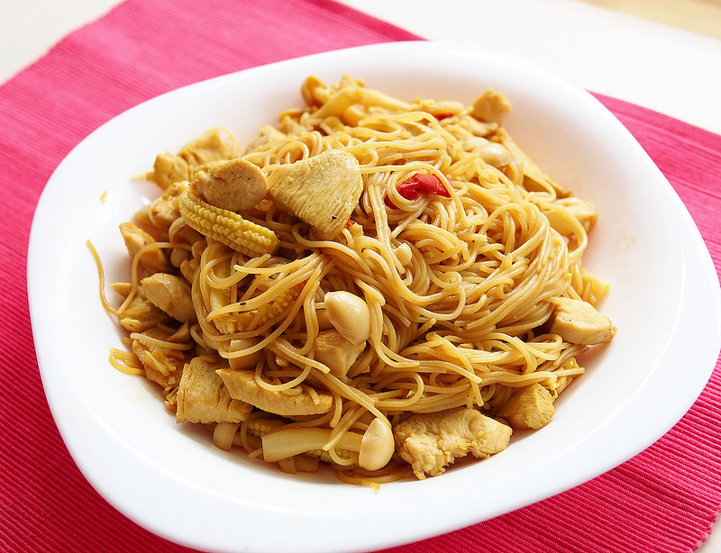 day057-午餐-蒜香辣炒雞肉義大利麵2