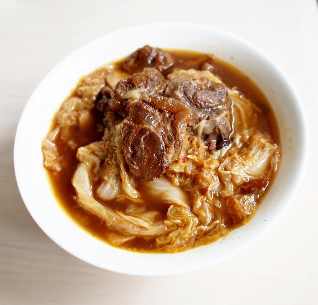 day049-午餐-大白菜滷半筋半肉.JPG
