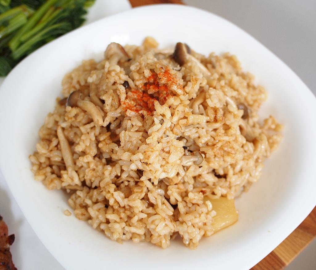 day013午餐-菇菇炒飯.JPG