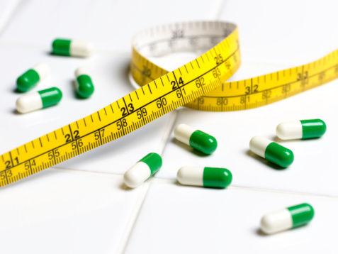 吃減肥藥.jpg
